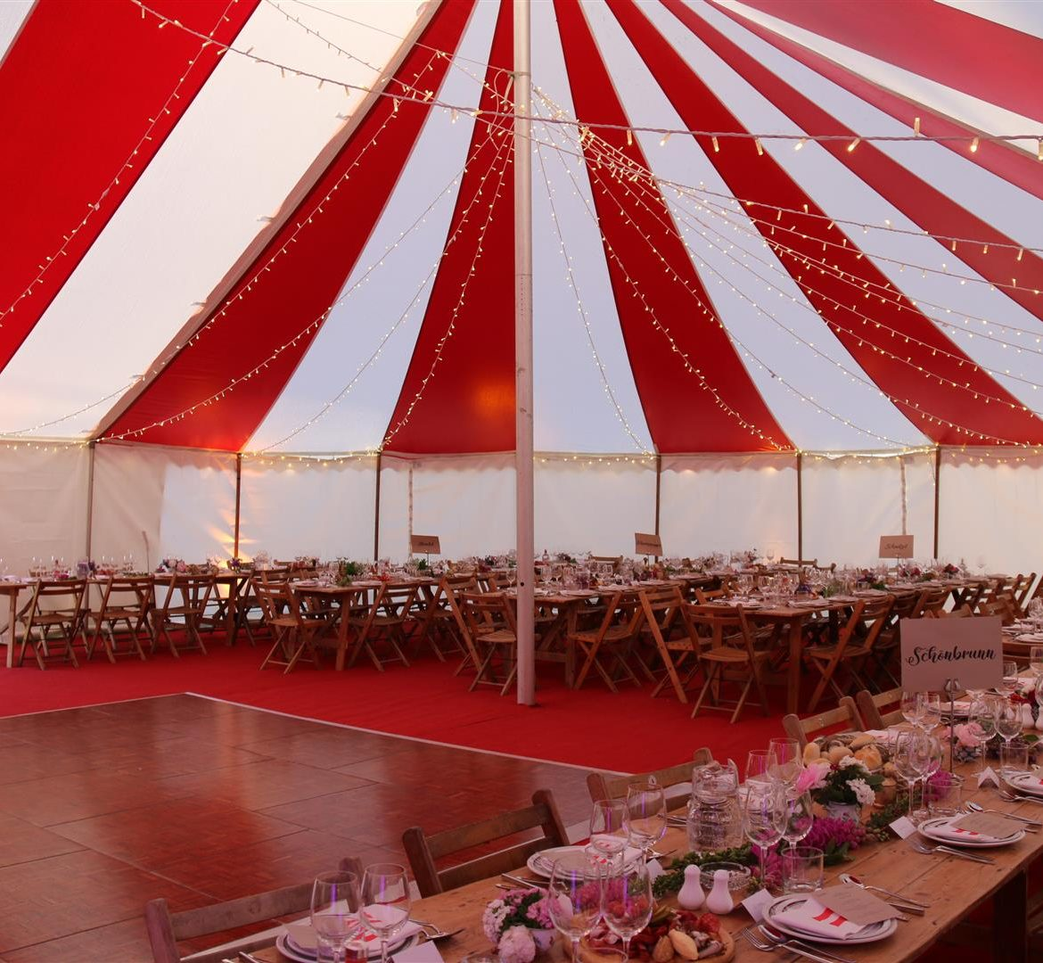 40x60ft Circus tent, white walls